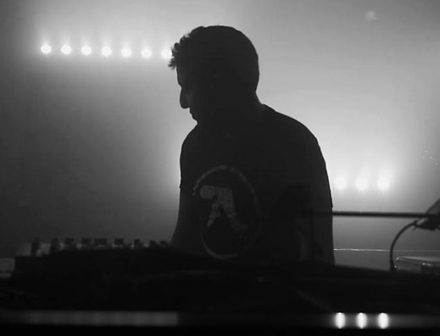 Playlist techno TWO : plongée dans la techno industrielle par A.L.A.E.