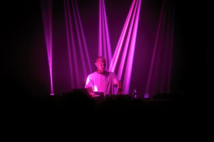 Report : Entre deep techno et acid, le live de Recondite toujours efficace
